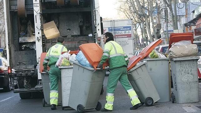 Servicios mínimos del 50% para la huelga indefinida de recogida de basuras en Madrid