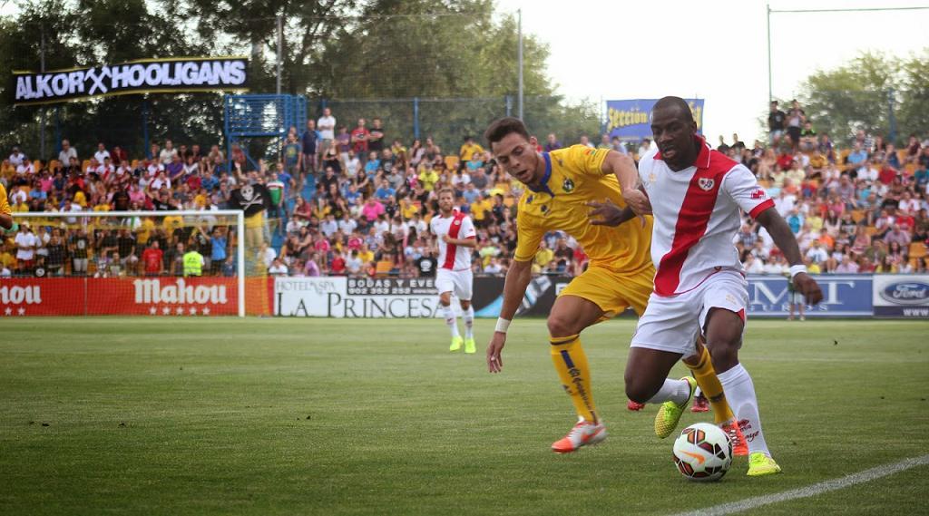 Roban la recaudación de las entradas del partido Rayo Vallecano - Lugo