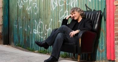 Mayte Martín en concierto en Matadero Madrid para visibilizar a las personas LGTBQI+ con diversidad funcional