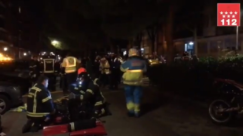 Un hombre de unos 80 años resulta herido muy grave tras incendiarse una vivienda en Arganzuela