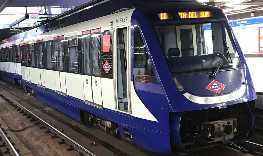 Descarrila un tren sin pasajeros en la estación de Tres Olivos, en la línea 10 de Metro de Madrid