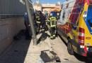 Un trabajador de 47 años herido grave en Hortaleza tras quedar atrapado por su propio camión
