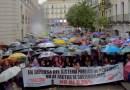 """Miles de personas se manifiestan en Madrid """"en defensa del sistema público de pensiones y contra la subida del 0,25%"""""""