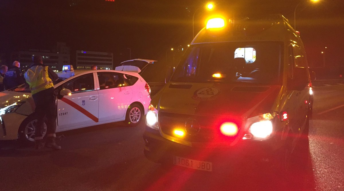 Un hombre de 31 años muere atropellado mientras cruzaba la M-40 a su paso por Vallecas