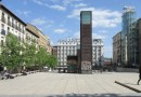 Dos carpas frente al Museo Reina Sofía conciencian de la vida saludable en la 34º Semana del Corazón