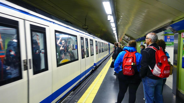 Los maquinistas de Metro de Madrid convocan huelga para el Jueves, Viernes y Sábado Santo