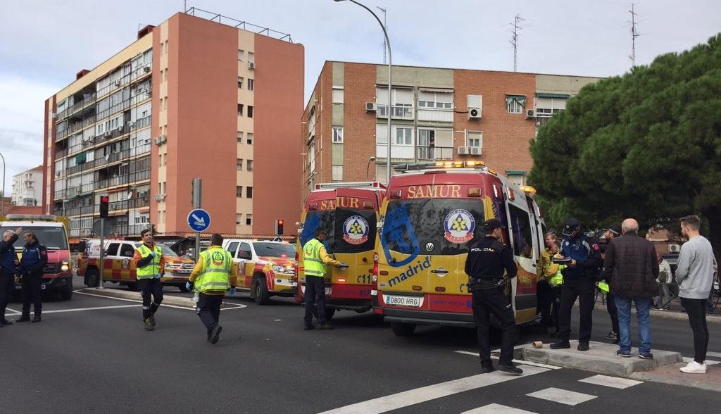 Dos personas mayores heridas, una de ellas grave, tras ser atropelladas en el Barrio del Pilar