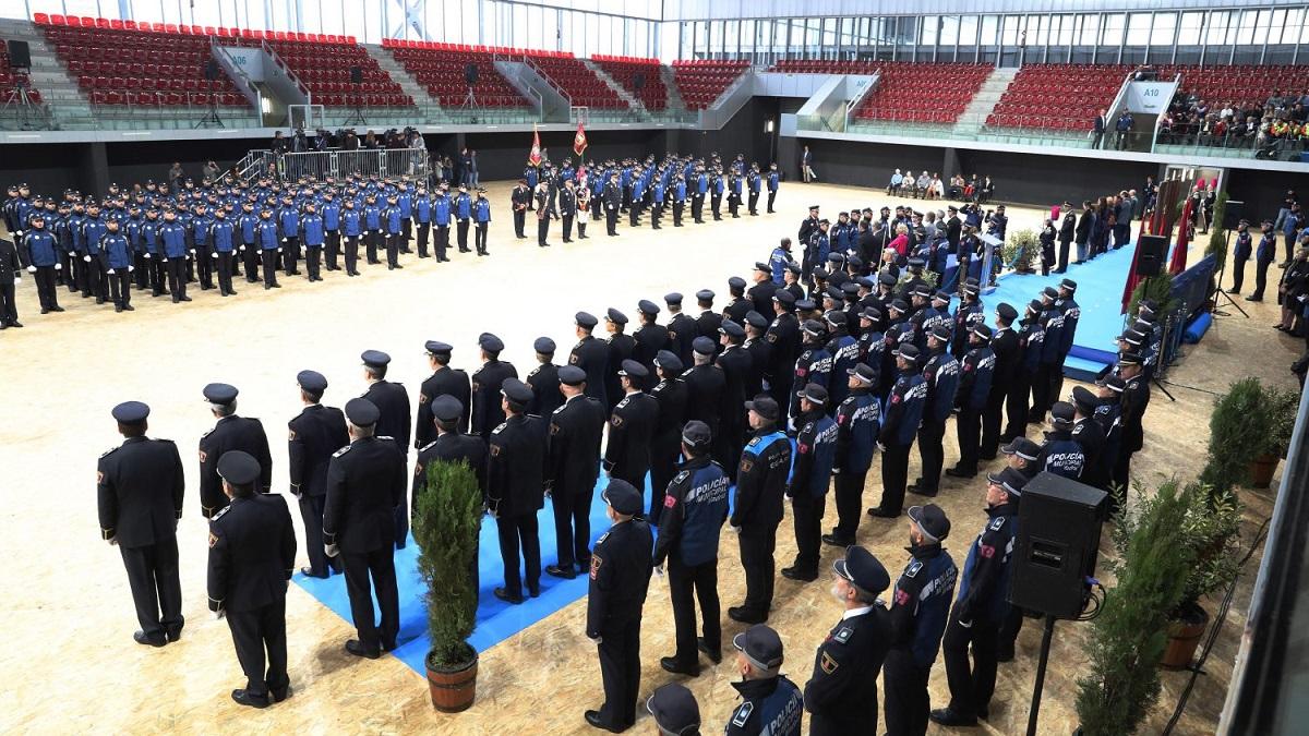Toman posesión 114 hombres y 23 mujeres como nuevos policías municipales de Madrid