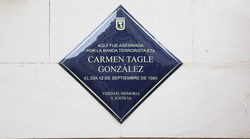 Una placa en Fuencarral recuerda desde hoy a Carmen Tagle González, asesinada por ETA en 1989