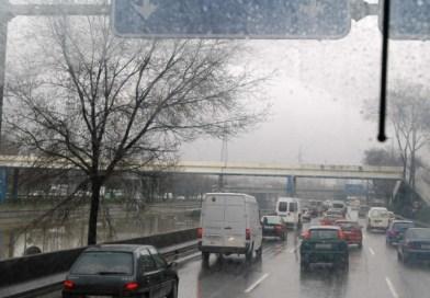 Las altas previsiones de lluvia pronostican para este jueves otro día complicado de cara al tráfico