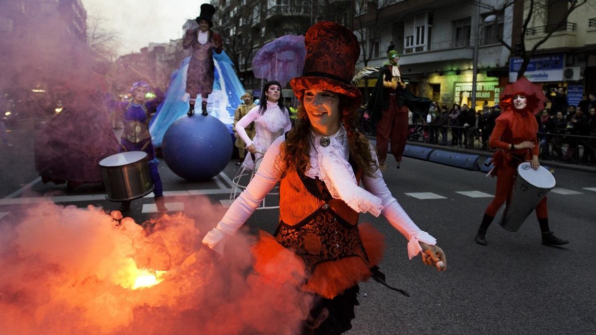 Vuelve el Carnaval a Los Cármenes-Caño Roto con pasacalles, música y concursos