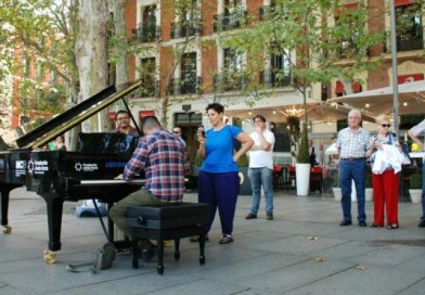Madrid se llena este jueves de pianos de cola disponibles para todo aquel que quiera tocarlos