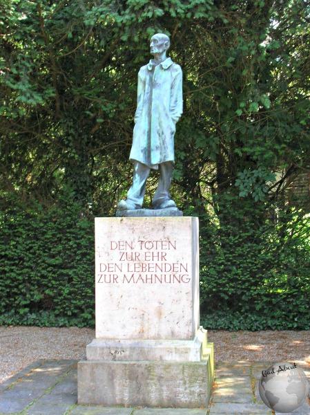Dachau-Statue_2291428160096713974