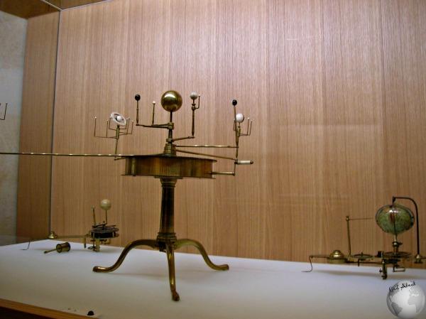 Globe Museum_2209006470096713974