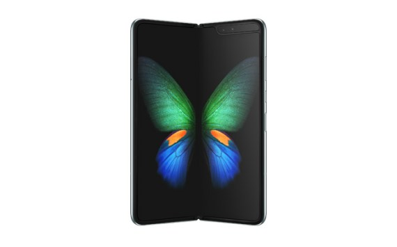 Galaxy Fold – A Smartphone. A Tablet. Folded into one.