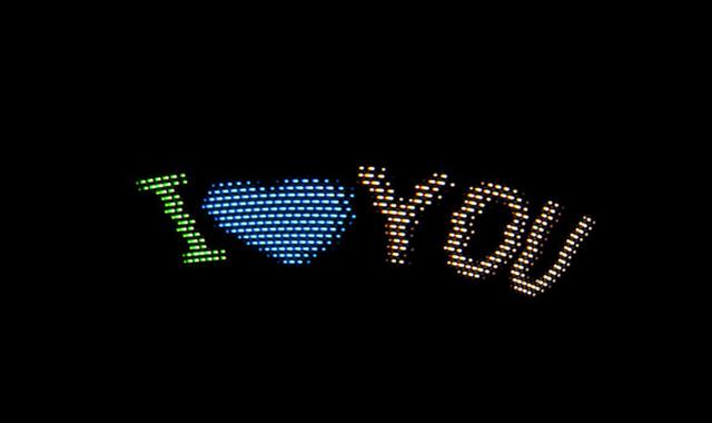 推しアイドルにメッセージを届ける! スマートLEDライト「MSTICK」に注目!