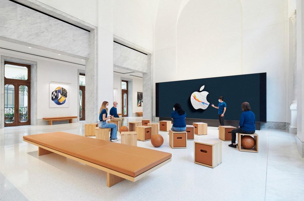 Apple Via Del Corso opens in Rome interior screen wall area 052721