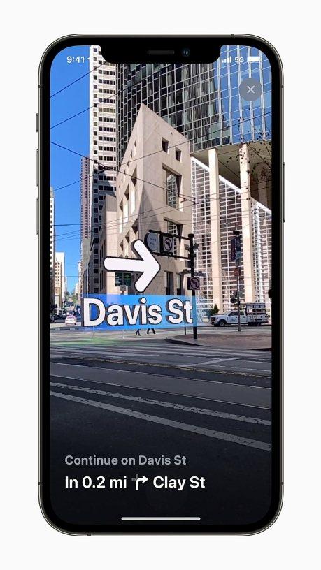 Apple iPhone12Pro Maps AR Walking video 060721.mp4 snapshot 00.10 2021.06.08 12.08.30
