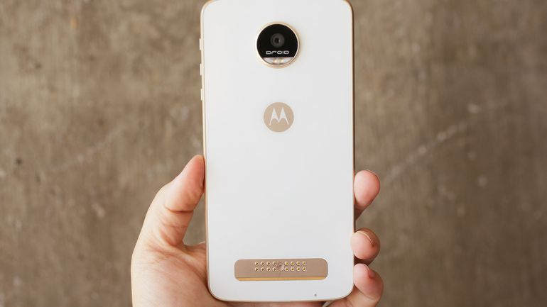 Downgrade Moto Z Play to Marshmallow from Nougat