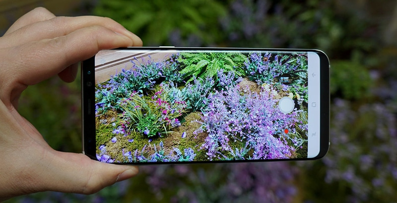 Samsung Galaxy S8 Review Photo