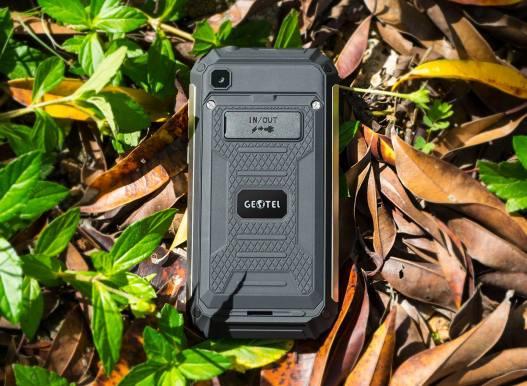 Foto Nyata Smartphone Powerbank Geotel G1: Punya Dua Port USB ?? 2