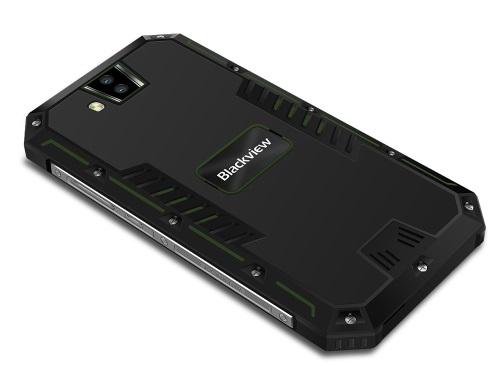 Smartphone IP68 Blackview BV4000 cuma 900 Ribuan di Tomtop! 3