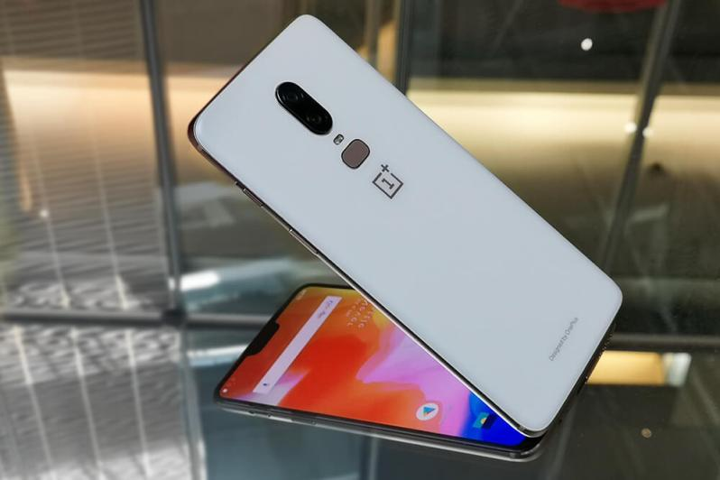 Features Of OnePlus 6