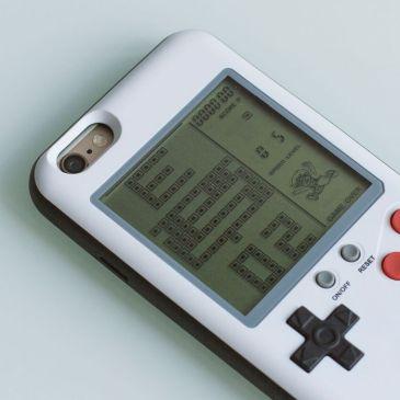 iPhone Case mit Tetris Galerie