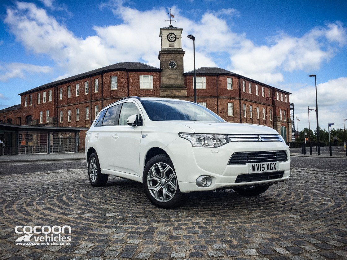 Mitsubishi Outlander Phev Review