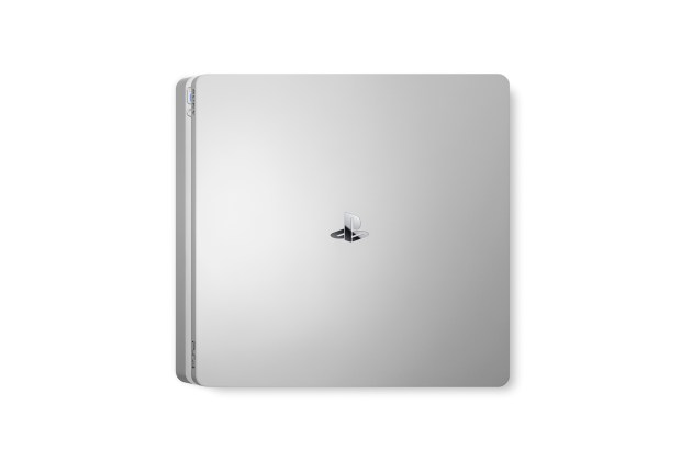 PS4 2000 Silver 04