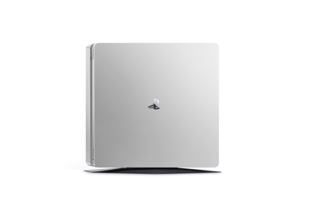 PS4 2000 Silver 05