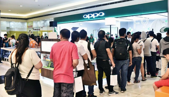 mid-range smartphones, Why are more Filipinos buying mid-range smartphones this year?, Gadget Pilipinas, Gadget Pilipinas