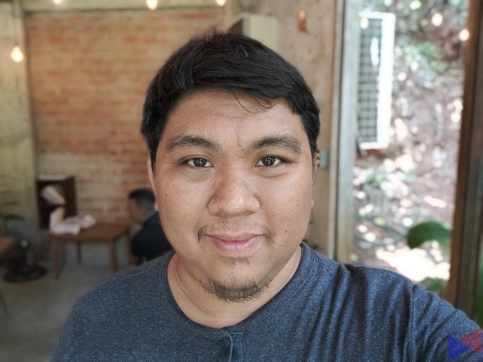 Reno 2 Camera Sample - Selfie with Bokeh