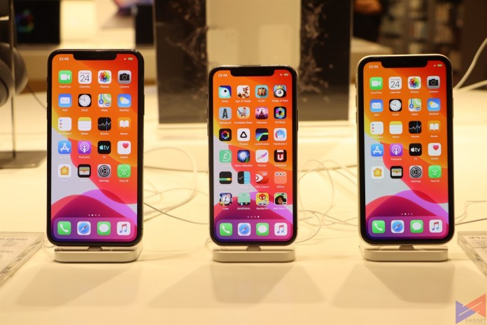 iPhone 11 Series front