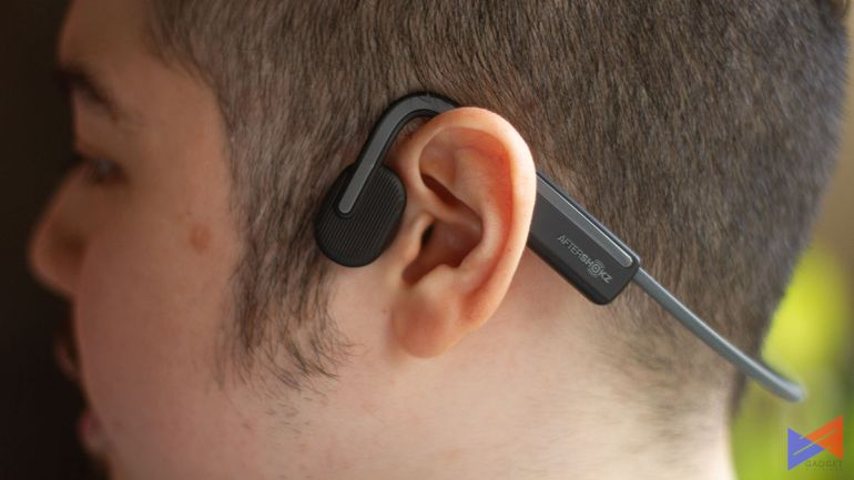 aftershokz-openmove-review-wear-2