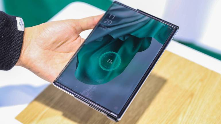 oppo-mwcs-2021-wireless-air-charging