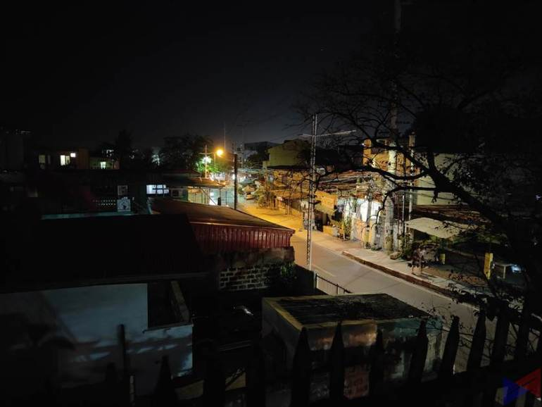 OPPO Find X3 Pro - Normal Night