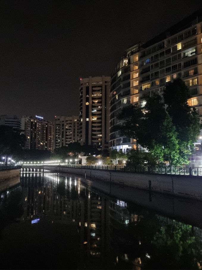 samsung-night-photography-guide-night-reflection