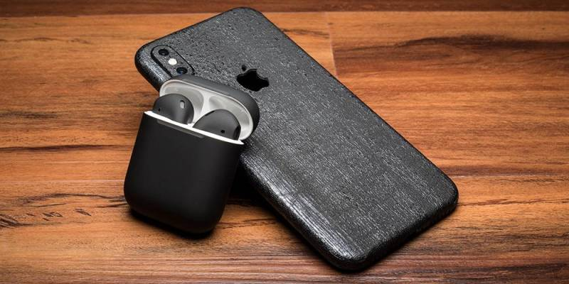Black Airpods 2