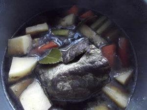 slow-cooker-beef-shank-recipe-300x225