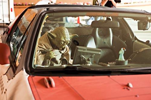 Jedi Master Yoda S Car At Anime La Gadgetsin