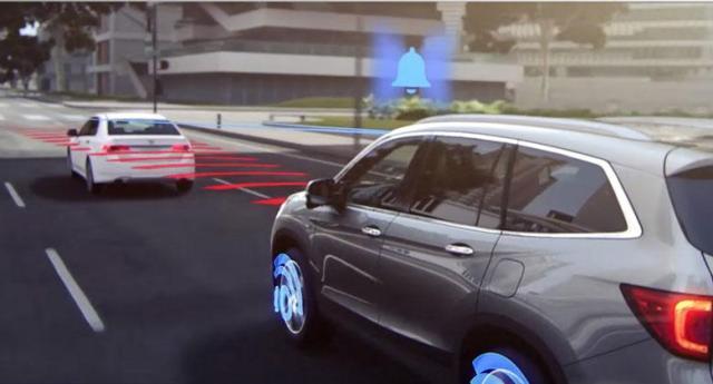 2016 Honda Pilot_Collision-Mitigation-Braking-System