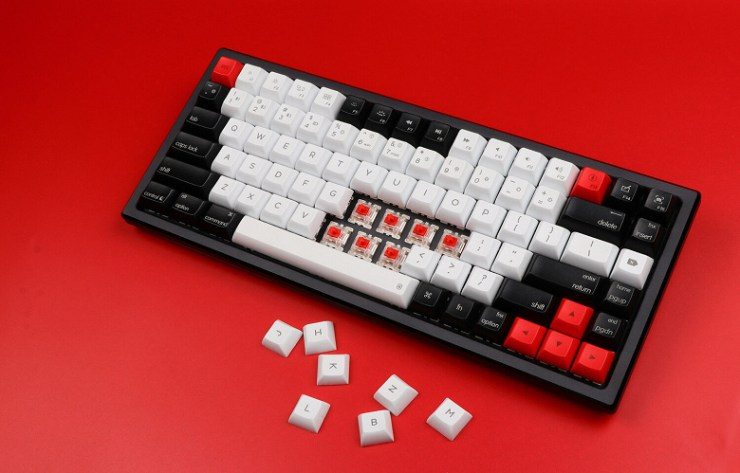 Users will be able to replace switches in the Epomaker AK84S mechanical keyboard