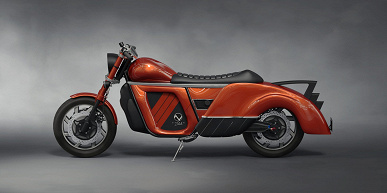An all-wheel drive electric motorcycle with a range of almost 500 km.  Introduced by Zaiser Electrocycle