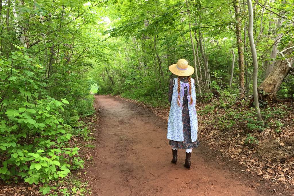 Anne of Green Gables cosplay at Lovers' Lane, Green Gables Heritage Site, Prince Edward Island, © 2019 Leila Matte-Kaci. All rights reserved.