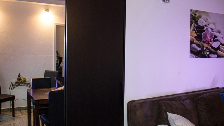 loft-apartment-grosszuegig-lounge-wohnzimmer