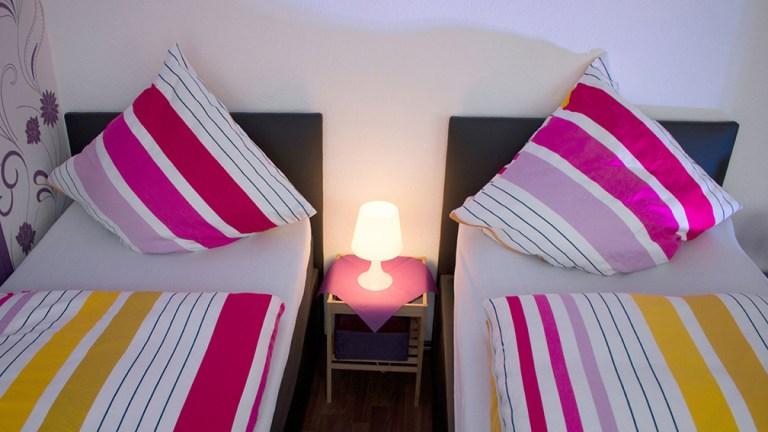 terrassen-apartment-dreibettzimmer-boxspringbetten-wohlfühlen