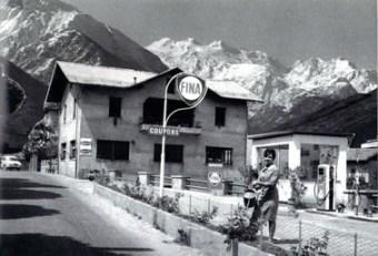 1955- FB  Piera al distribuitore