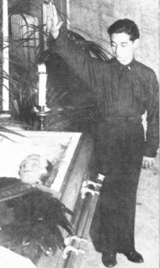 1 funerali-rudyvalentino