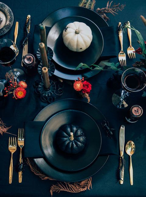 elle decor table dressing halloween
